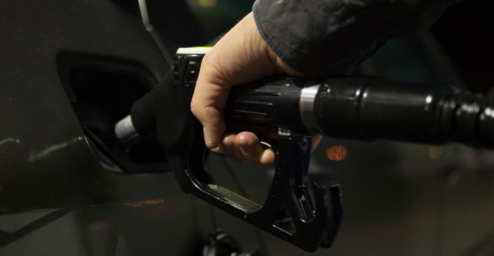 article Buying a gas station: 3 environmental roadblocks (and how to remove them!) image