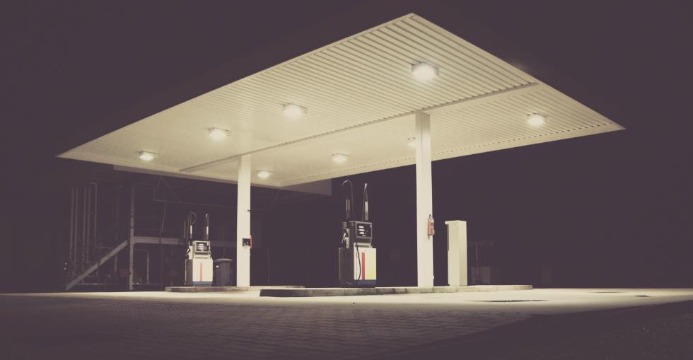 article Franchise or independent? Pros and cons for the potential gas station buyer image