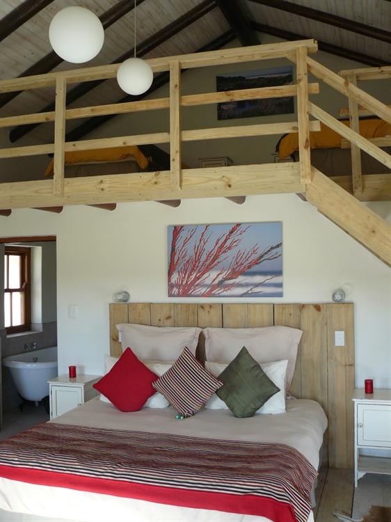 lodge on coastal reserve - 12