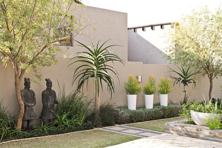 established landscaping garden service - 4