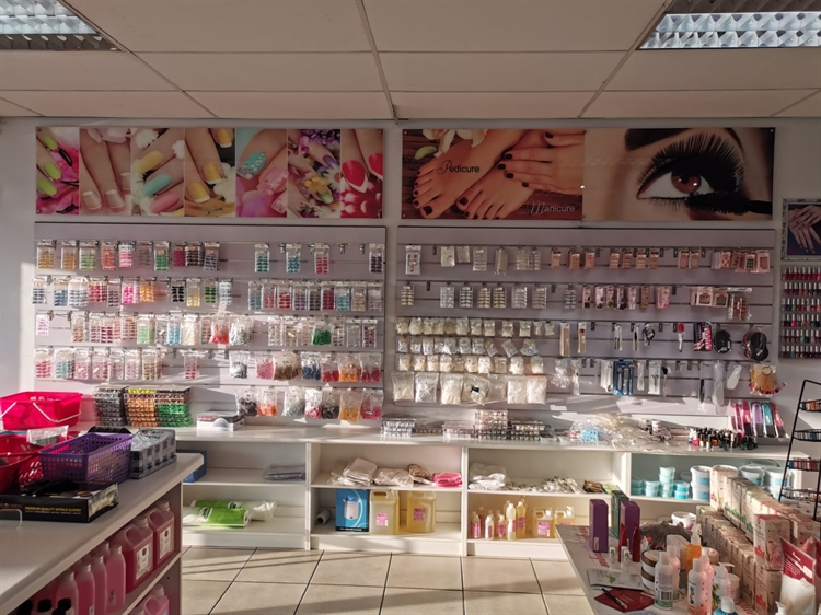 wholesale beauty self-care retail - 5