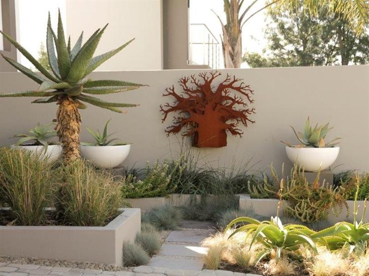 established landscaping garden service - 8