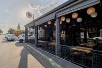 popular restaurant melville - 1