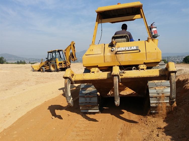 caterpillar equipment earthmoving construction - 2