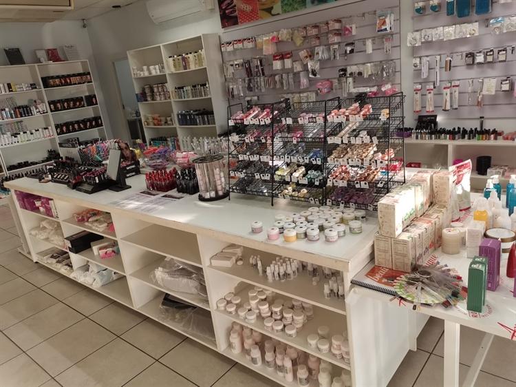 wholesale beauty self-care retail - 4