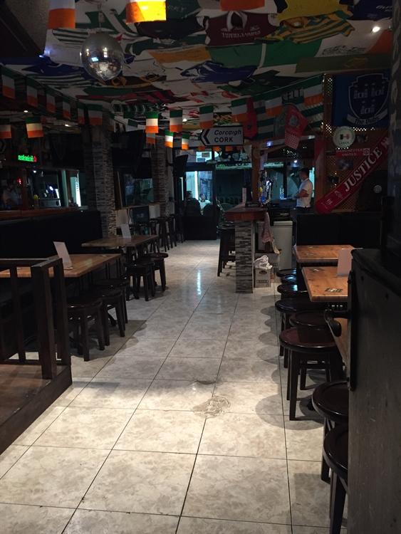 established bar restaurant with - 4