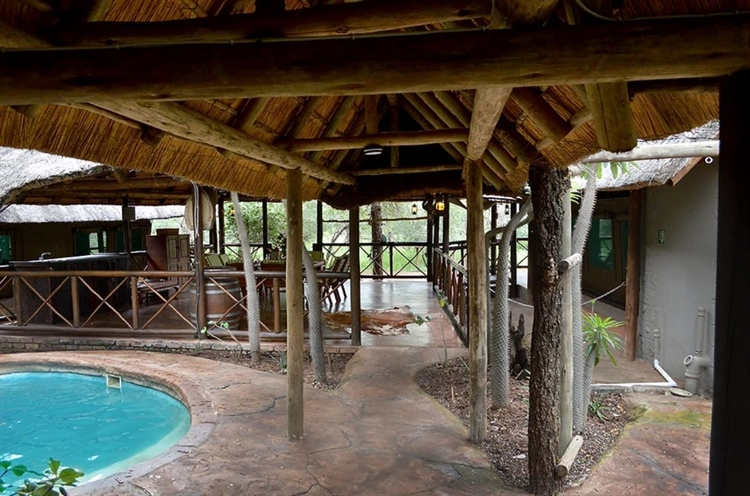 luxury safari tent camp - 5