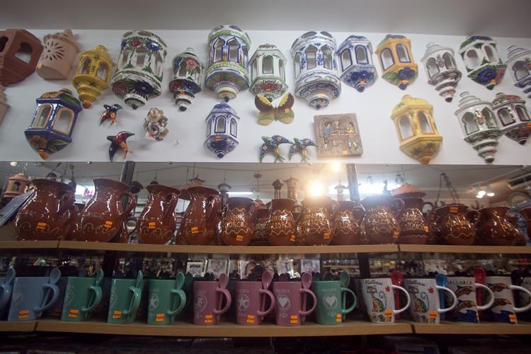 long running ceramic shop - 4