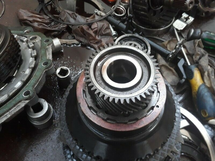 reduced to sell gearbox - 12