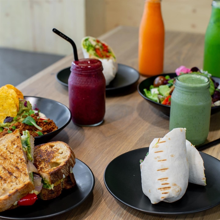 foodie franchisee wanted trendsetting - 5
