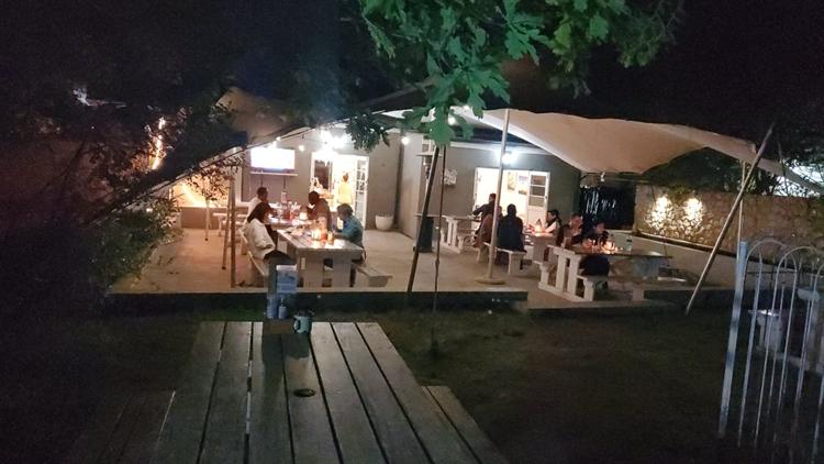 popular family restaurant greyton - 6