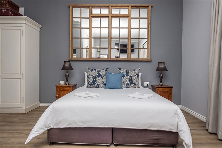top rated 44x room - 14