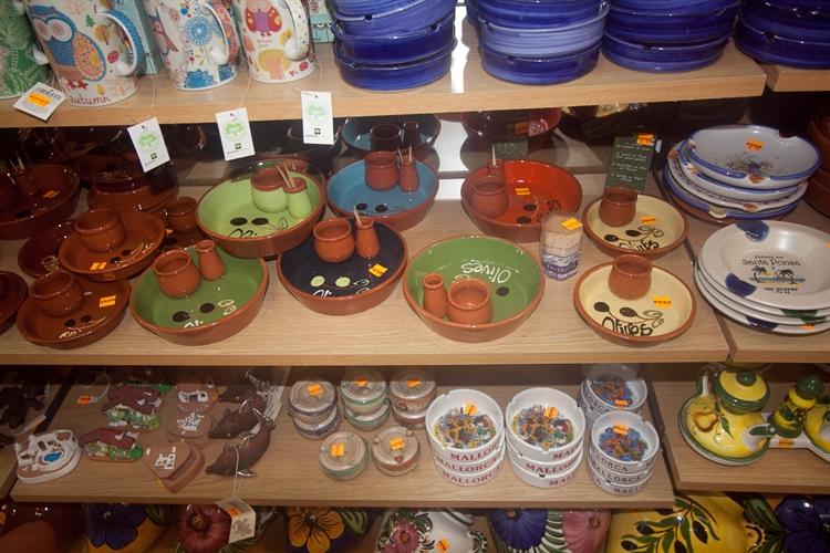long running ceramic shop - 7