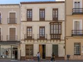 Vacant Flexible Retail Hospitality Restaurant Services In Antequera For Sale